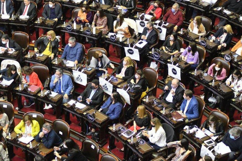 Las tensas negociaciones entre el oficialismo y la oposición en Diputados