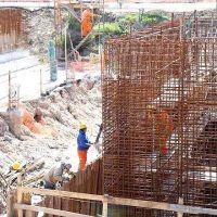 Lanús: obras en el parque industrial curtidor y la plata de tratamiento