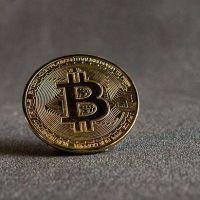 Bitcoin cerca de los u$s62.000, a un paso de tocar nuevo récord histórico