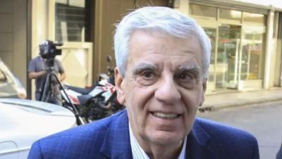 Durante la marcha, Lingeri remarcó el acompañamiento de la cgt al gobierno