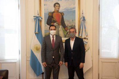 Hidrovía, puertos y economía: la agenda de Valdés con el intendente de Rosario