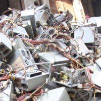 La basura electrónica en 2021, el problema del futuro