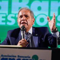 Palazzo retomó la campaña y la Bancaria cuestionó a la oposición por querer un país con «empleo sin estabilidad y sin derechos»