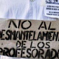 En defensa de los profesorados y por la titularización: dos fuertes reclamos a Acuña