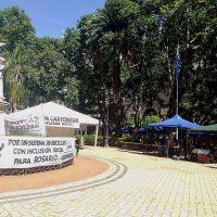 Cartoneros montaron carpa frente al municipio para exigir ordenanza de recuperación de residuos