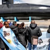 Familiares del ARA San Juan piden que no se marche a favor de Macri