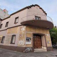Suspendieron la demolición de la Asociación de Cultura de Vicente López y retiraron los carteles de venta