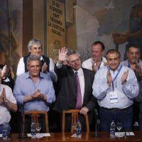 """Carlos Acuña, líder de la CGT, criticó con dureza a los empresarios por los precios y la economía: """"Siempre se lavan las manos"""""""