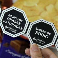 Qué cambios impondrá la ley de etiquetado frontal de alimentos
