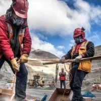 Los trabajadores mineros de Argentina celebran su día apostando al desarrollo del país