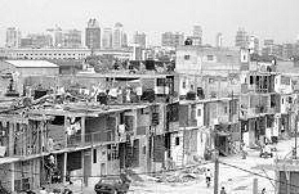 Recortes para el techo y los barrios pobres