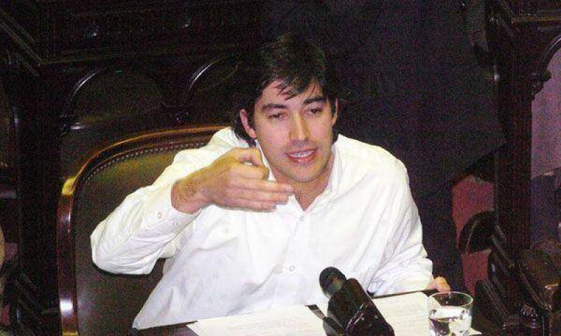 Reforma pol�tica: la oposici�n baja el tono de las cr�ticas al proyecto