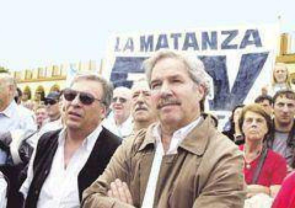 Solá aísla a Macri y De Narváez del peronismo antikirchnerista