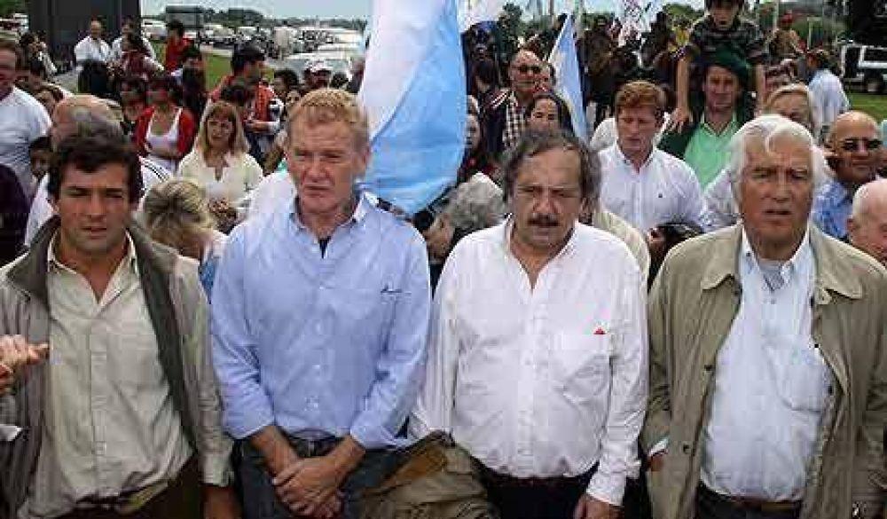 De Narváez dice sí a la candidatura presidencial
