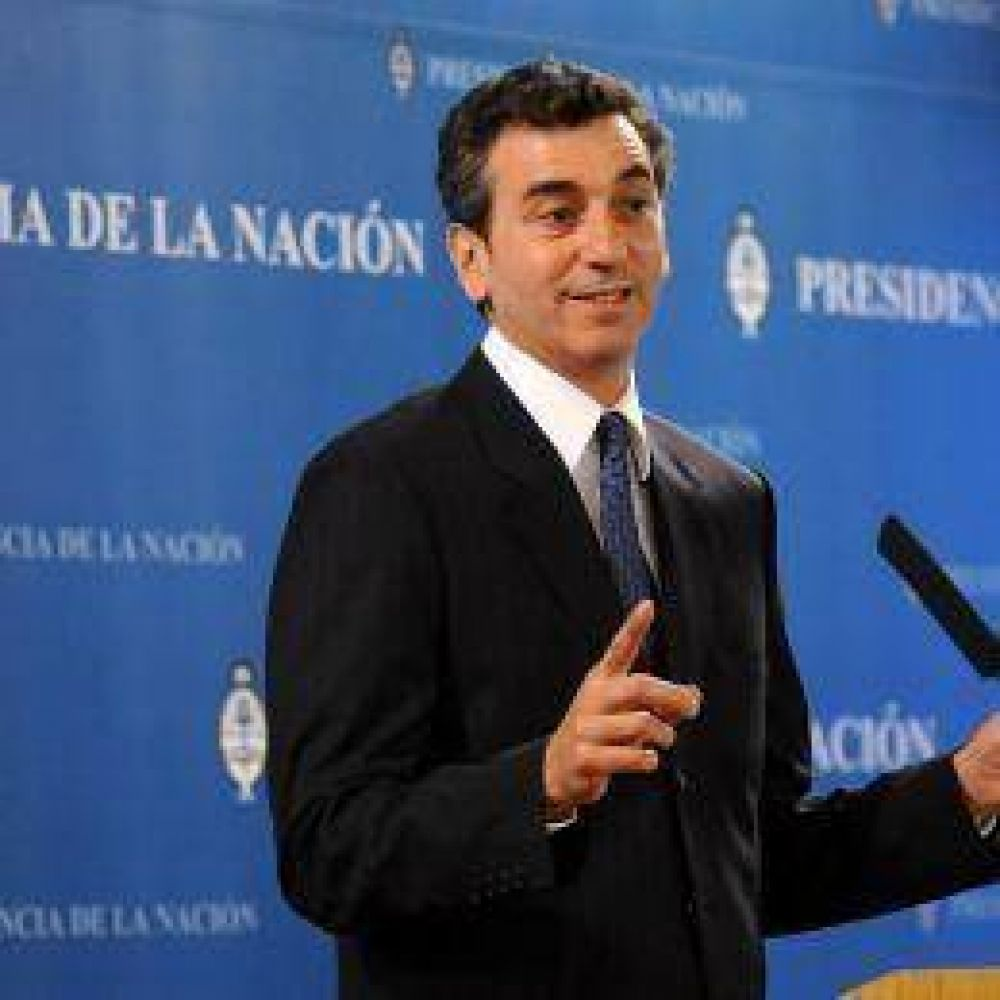 """Cruces en el Gobierno por operativo clamor: Randazzo consideró que Kirchner """"no debería volver"""" a encabezar el PJ"""