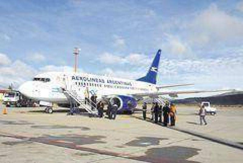 Reconoce ahora el Gobierno déficit mensual en Aerolíneas de $ 200 M