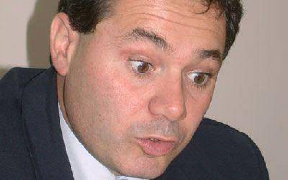 Guillermo Almirón volverá al Concejo y en Gobierno asumirá Echelini
