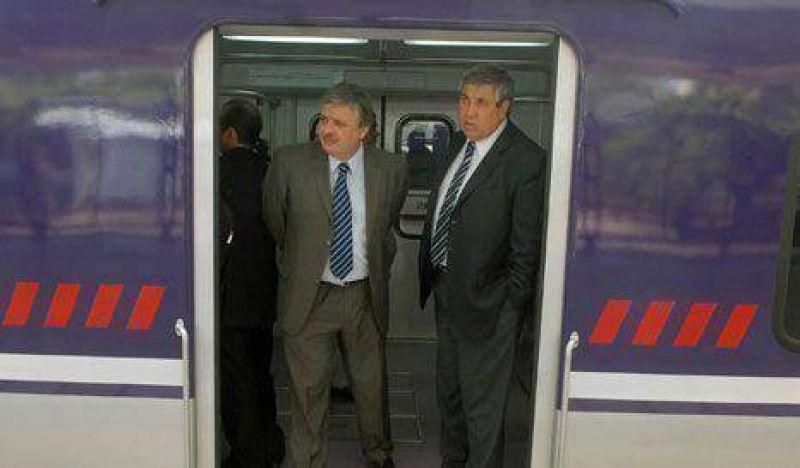 """Para Schiavi, """"es Metrov�as la que debe responsabilizarse del servicio"""""""