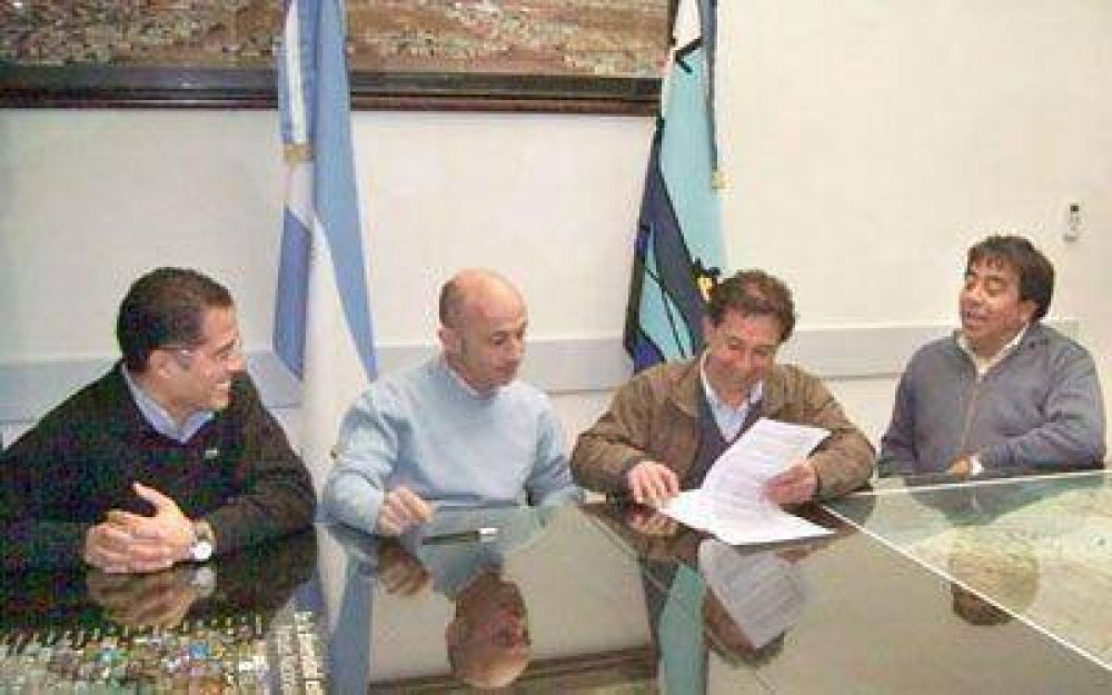 Municipio de Caleta invirtió 400 mil pesos en bombas para acuíferos