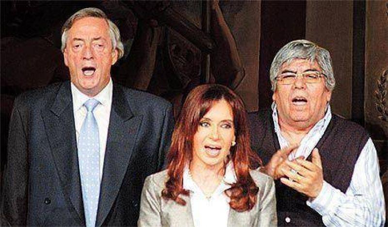 """La CGT llamó a una movilización en defensa del """"orden democrático"""""""