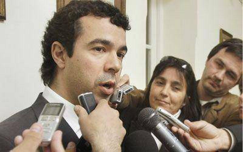 Korn afirma que Chubut paga obras que debería financiar la Nación