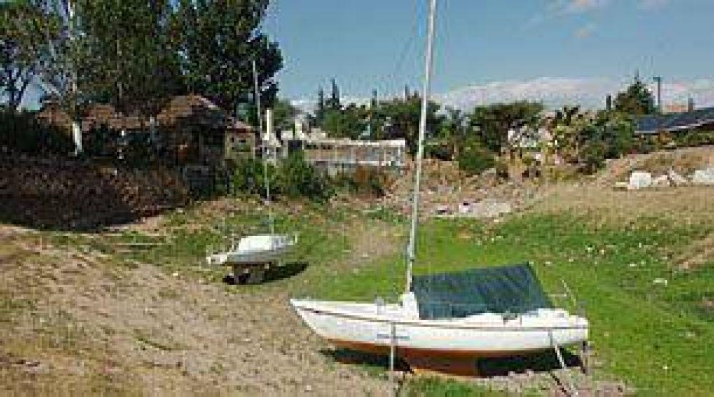 En Córdoba, multan a 35 usuarios por día por derrochar el agua