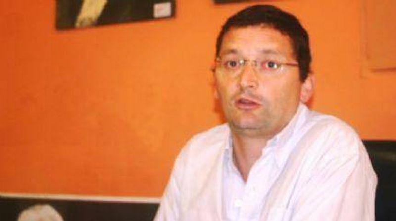 El concejal Guillermo Schutrumpf volvió a la carga contra Multicanal