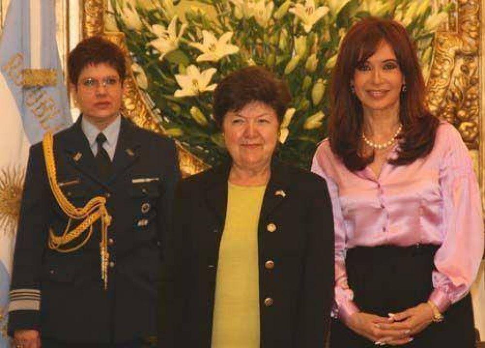 Embajadora de EE.UU. abogó por incrementar el comercio bilateral
