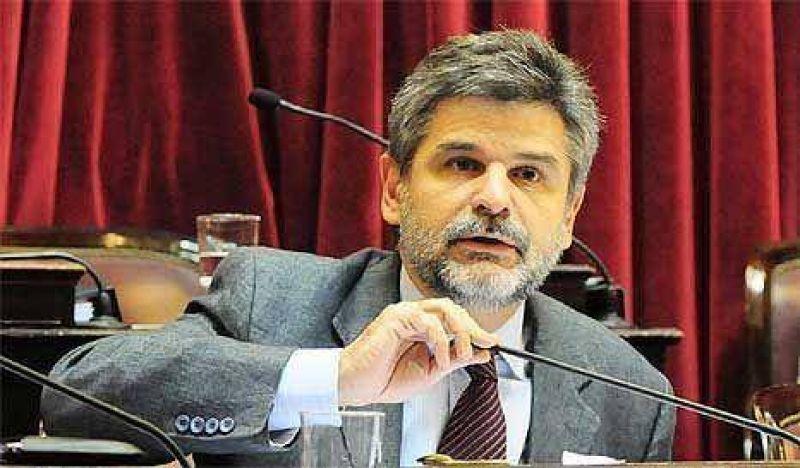 Filmus convocó a marchar contra la gestión de Macri