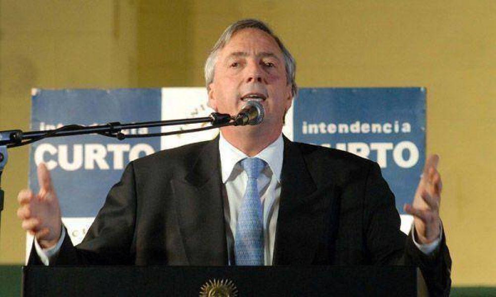 Néstor Kirchner recibirá el rechazo formal a su renuncia al PJ