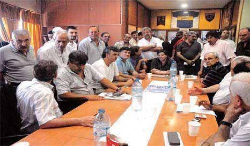 Moyano llamó y volvió la paz a la CGT Rosario