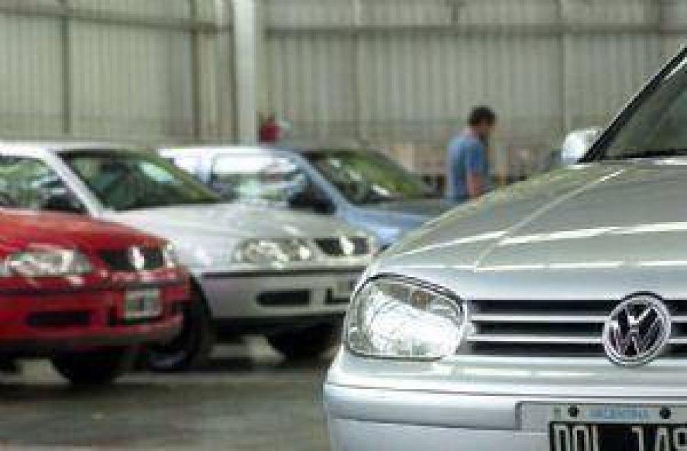 En lo que va del año, la venta de autos usados cayó 30% en Mendoza