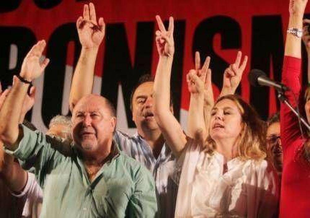 Busti disparó contra los Kirchner en el acto por el día de la Militancia