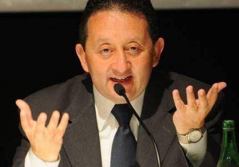 Con lo justo, Celso Jaque logró el aval de Diputados para endeudarse