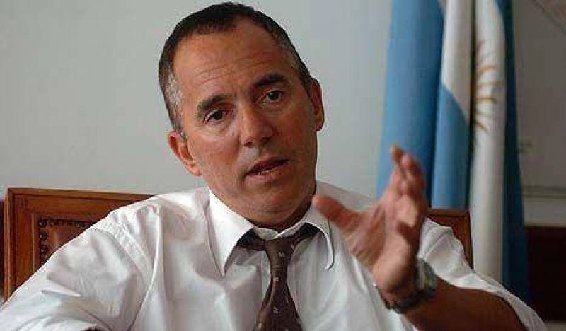 Ordenan restituir al ex director del Hospital Argerich