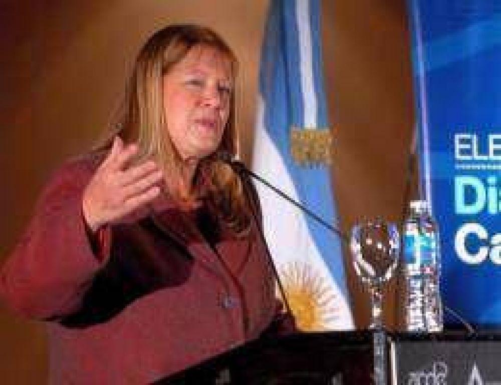 """Stolbizer se aleja de Carrió y rechaza una oposición """"uniforme"""""""