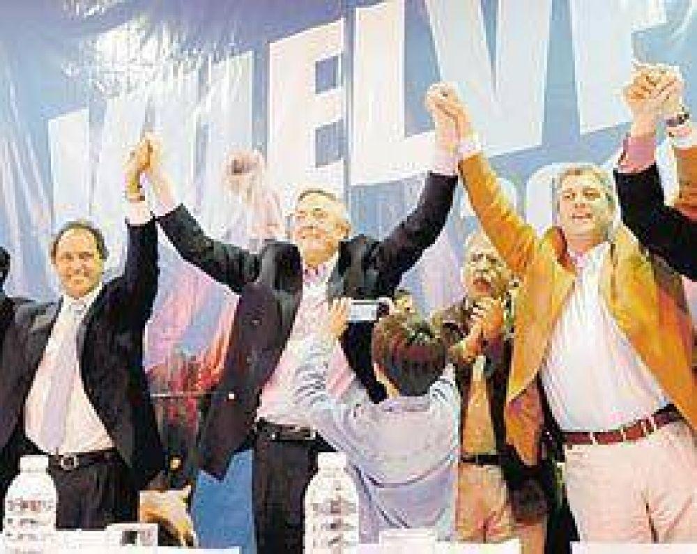 "Un acto frente al Congreso para ""celebrar"" el diploma de Kirchner"