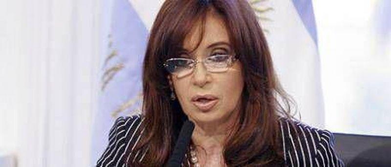 """Cristina volvió a criticar a los medios y pidió que """"revisen algunos conceptos"""""""