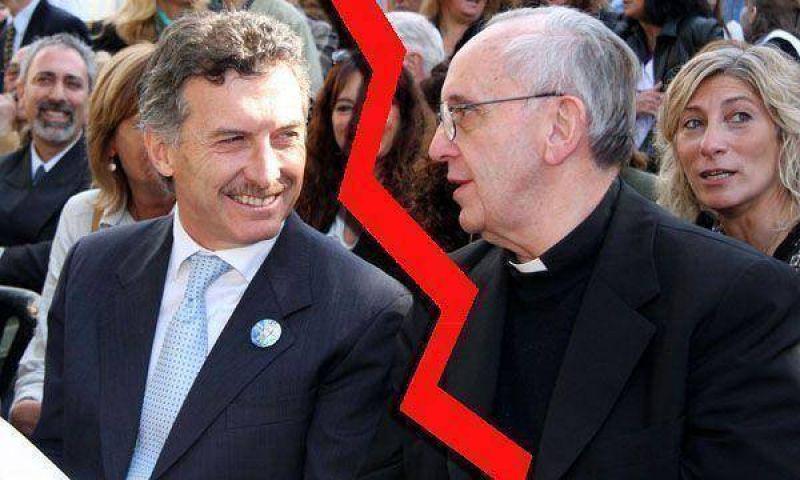 Macri visita a Bergoglio para limar la tensi�n con la Iglesia por su apoyo al matrimonio homosexual