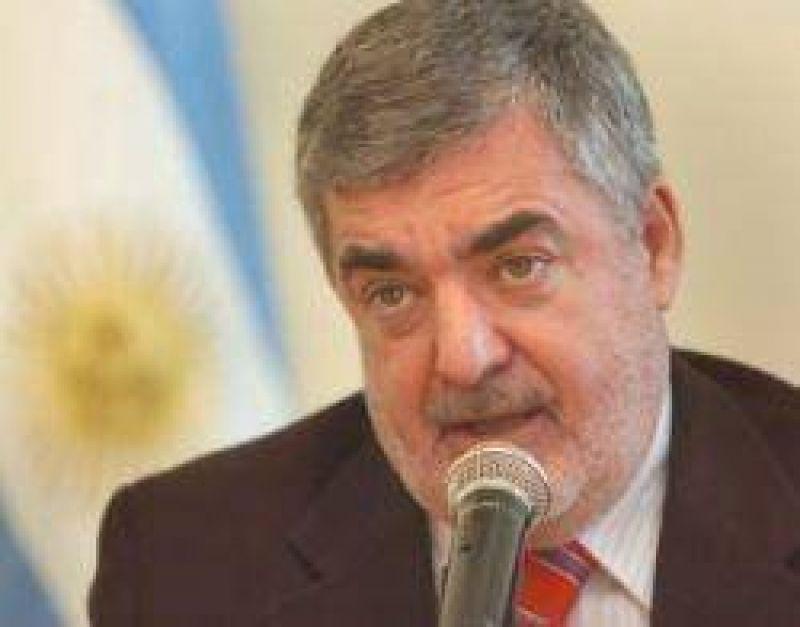 Das Neves en crisis: Kirchner le dividió la Legislatura y el territorio
