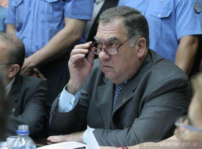 Denuncian un pacto entre Alperovich y Cerisola
