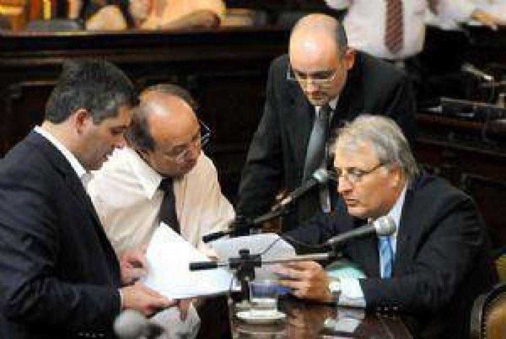 El Frente Cívico se mantuvo firme y estiró la agonía de Jaque por la deuda