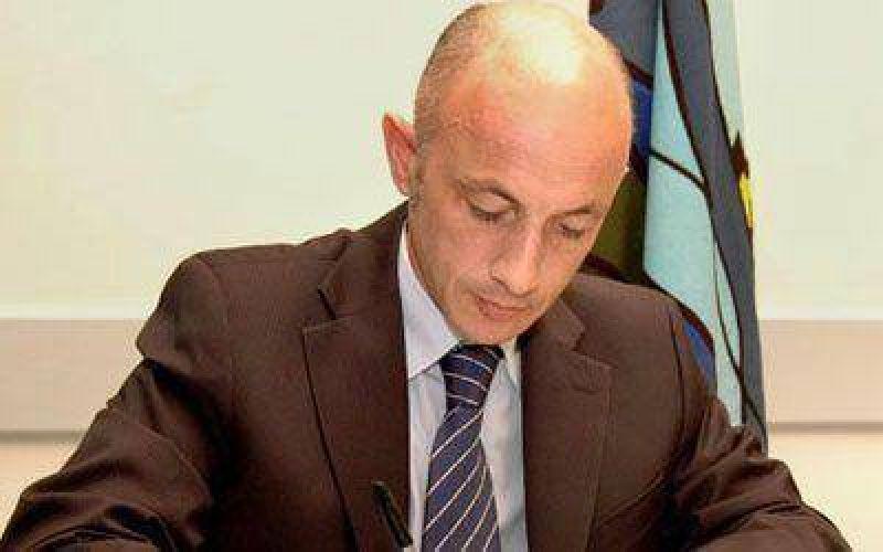 Cotillo propone crear empresa de internet y telefonía en Caleta
