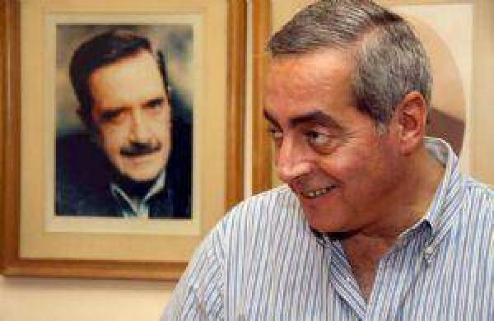 Fayad presentará su lista de concejales con el sello de la UCR