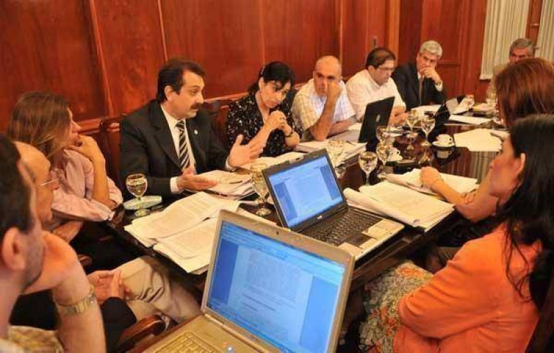 El CAM celebrar� concursos m�ltiples para cubrir los cargos