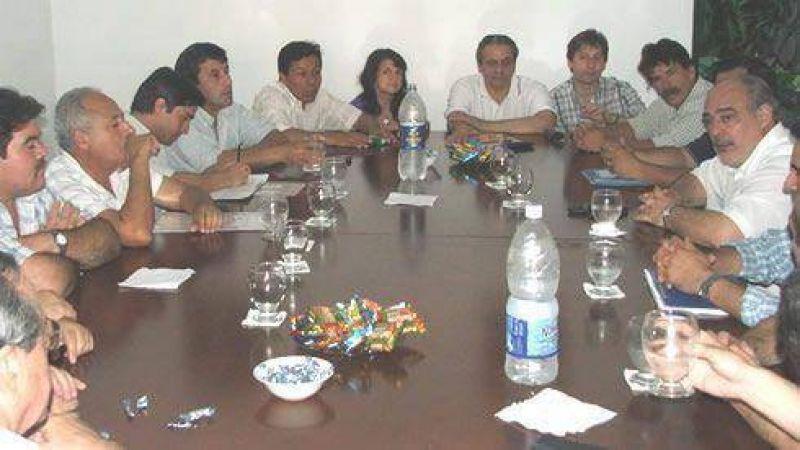 Ricardo se reuni� con Intendentes del FdT y acordaron trabajar conjuntamente