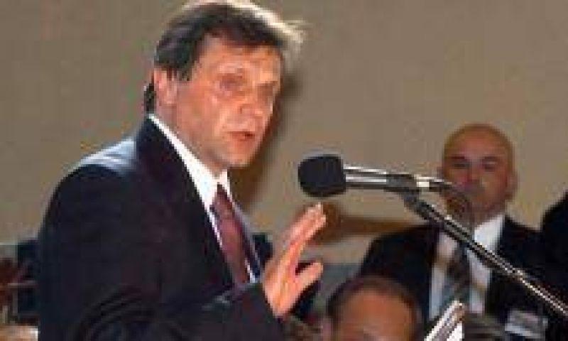 Pulti todavía no renunció a la banca testimonial