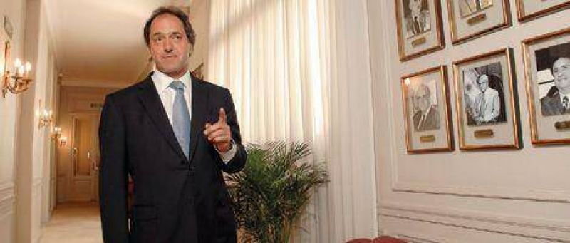 """Scioli: """"No estoy conforme con Stornelli ni con ninguno de mis ministros"""""""