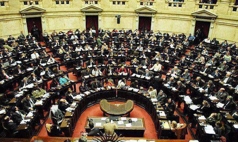 """La oposición prepara paquete de """"leyes correctivas"""" para impulsar en el Congreso Nacional"""