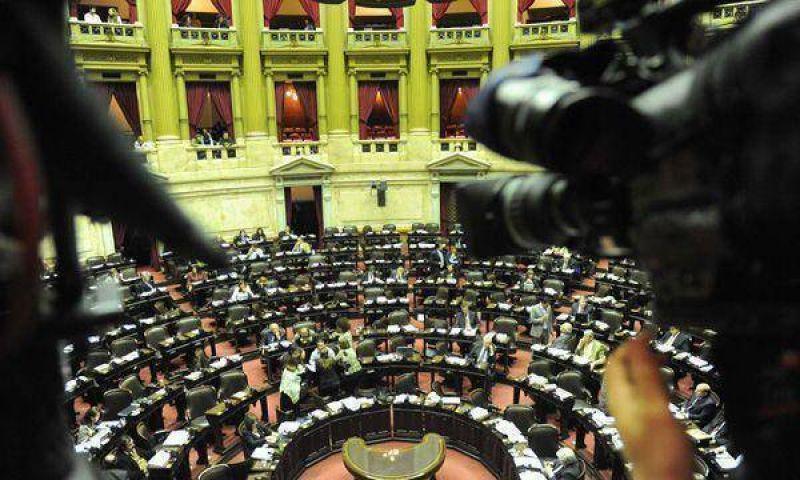 Fellner conf�a en que mantendr� la presidencia de Diputados